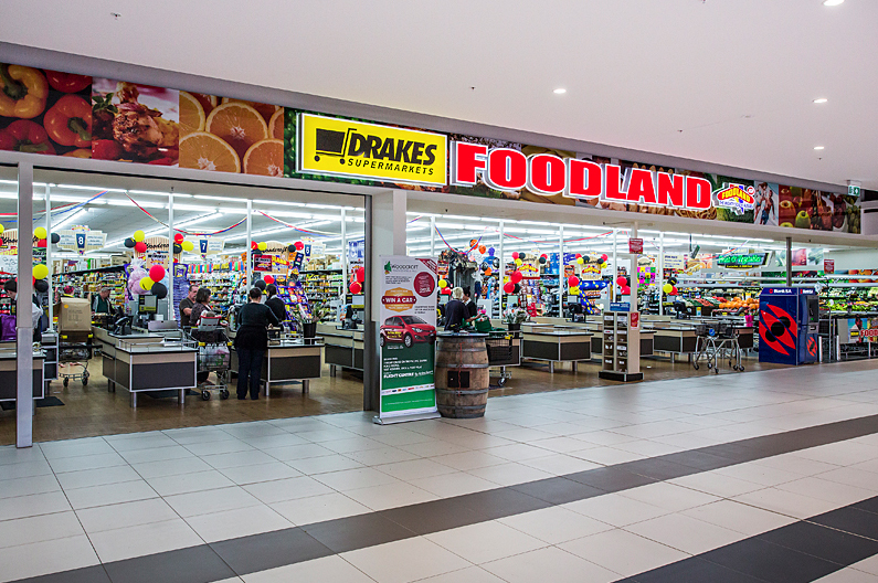 Drakes Foodland Store Pic